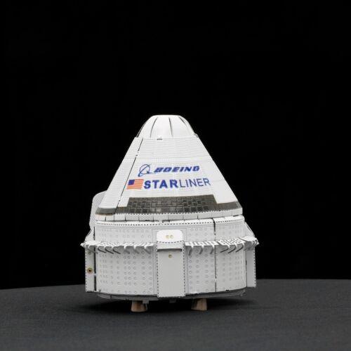 Fascinations Metal Earth BOEING CST-100 STARLINER 3D Laser Cut Steel Model Kit