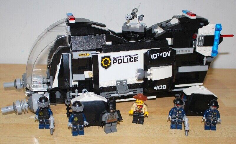 LEGO Movie 70815 Super Secret Police Dropship