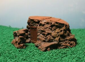 Quarry-hut-stone-shelter-hillside-howff-OO-HO-Gauge-1-76-scale
