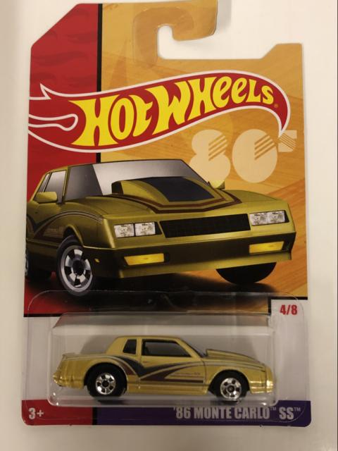 Hot Wheels Retro Series 86 Monte Carlos SS GBB85