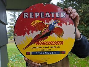 OLD-VINTAGE-1961-WINCHESTER-REPEATER-PORCELAIN-ADVERTISIING-SIGN-SHOT-SHELLS