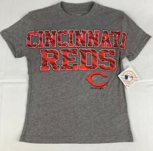 Womens-Cincinnati-Reds-T-Shirt-Gray-Size-M-Semi-Fitted-NWT-Free-Shipping