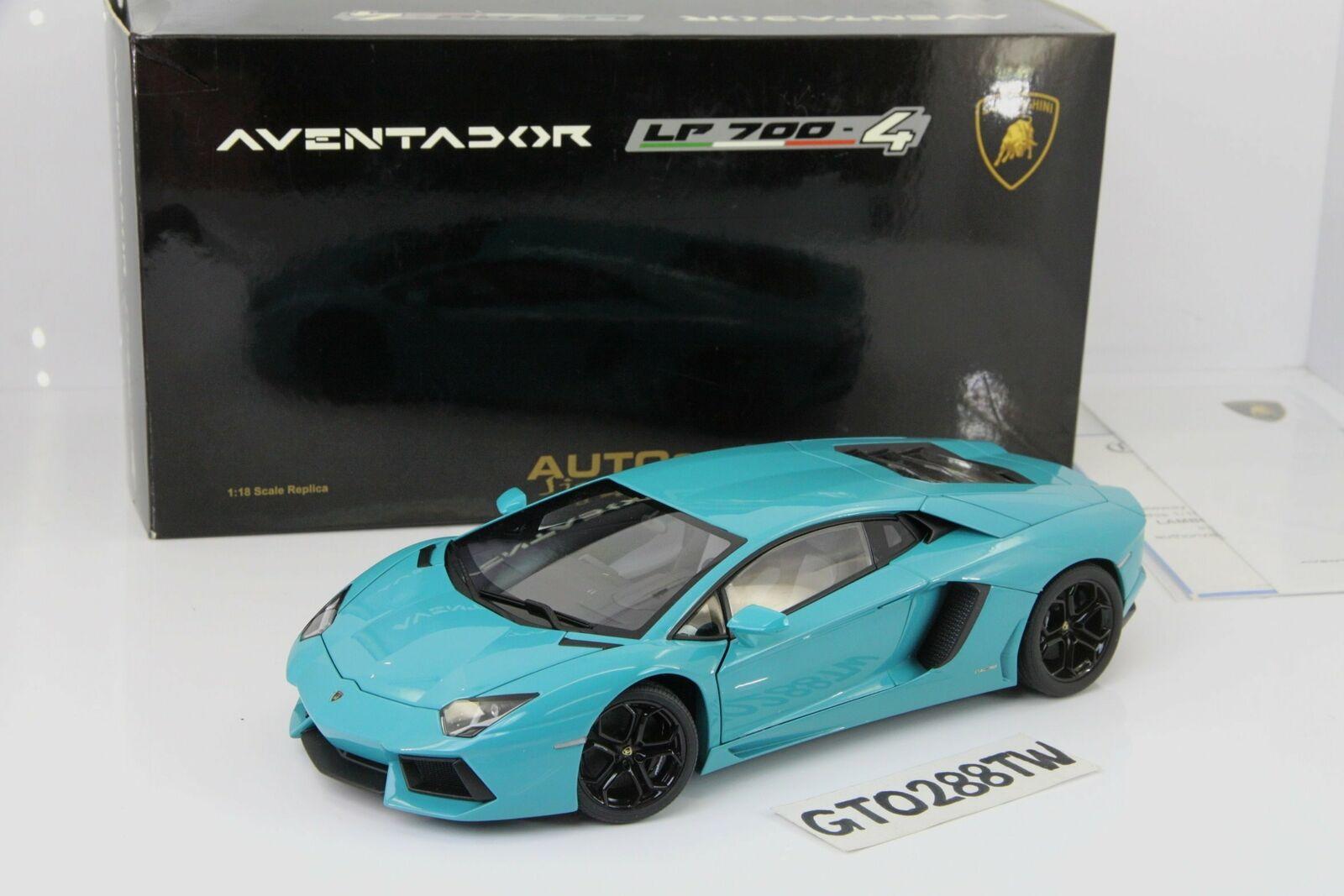 AUTOart 1 18 scale Lamborghini Aventador LP700-4 SV(Turquoise blu) 74667