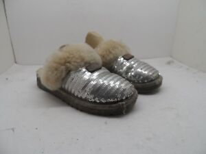 fb6c2f2805b UGG Australia 1005766K Dazzle Sequin Slippers Silver Youth Size 1M ...
