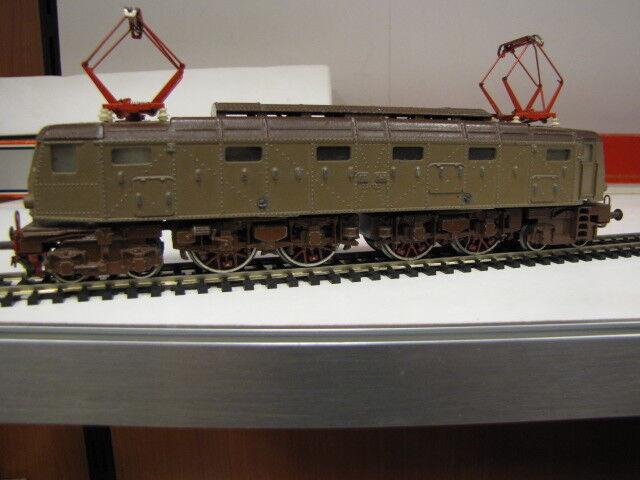 FLEISCHMANN scala H0 Locomotore F.S. E.428 aerodinamico in metallo
