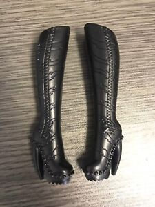 Monster-High-Doll-Fierce-Rockers-Toralei-Black-Heel-Boots-Shoes-Replacement