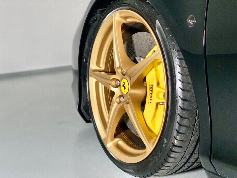 Ferrari – 458