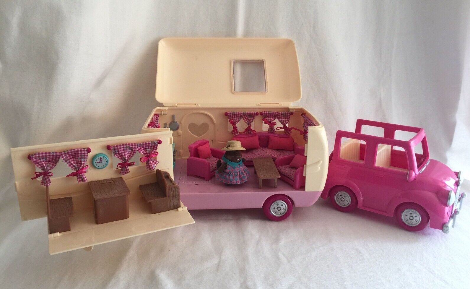 Li'l Woodzeez Happy Camper Car & Accessories Animals Figures