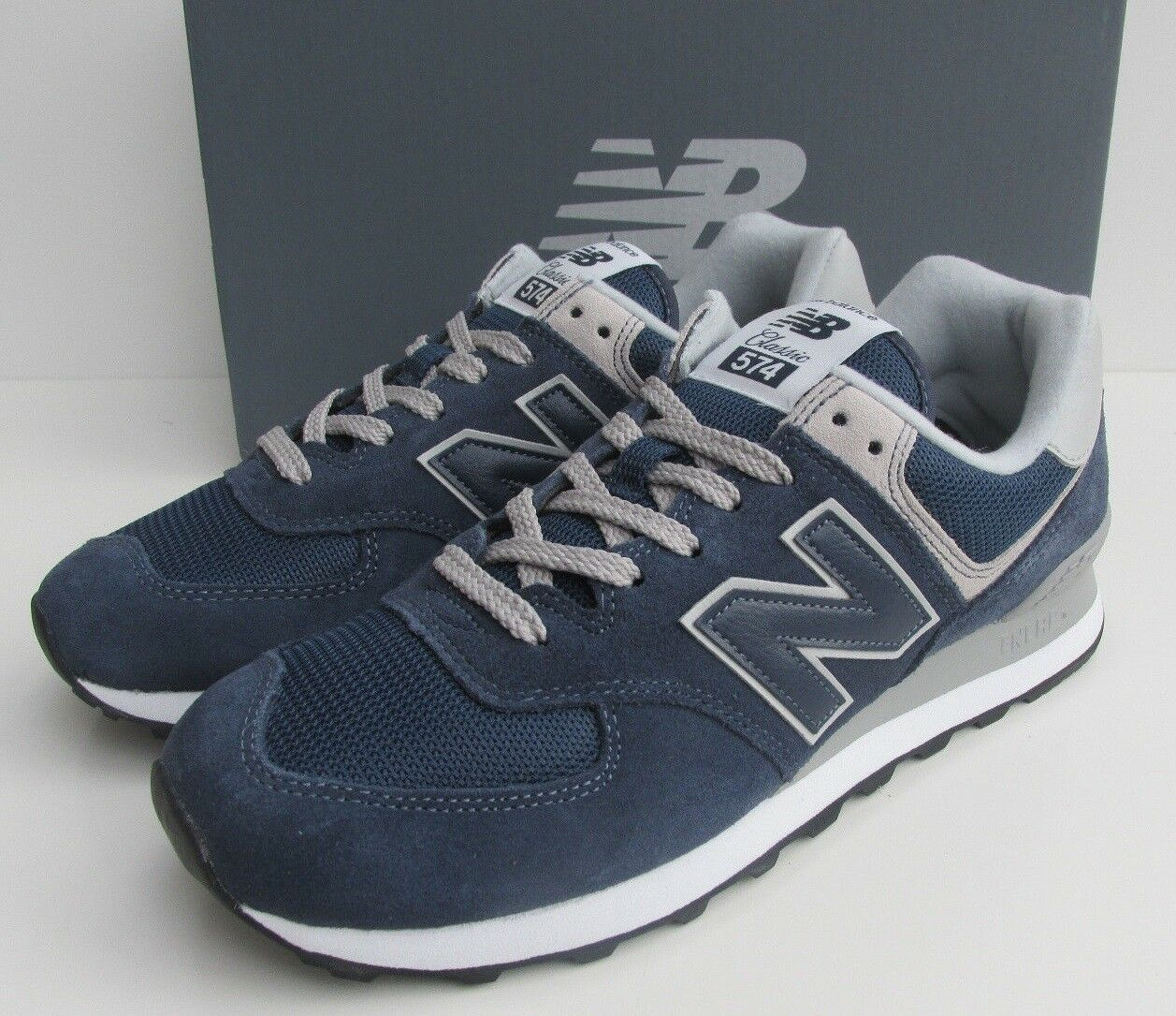 NEW IN BOX Size 12 and a half New Balance 574 v2 men's navy bluee sports trainers
