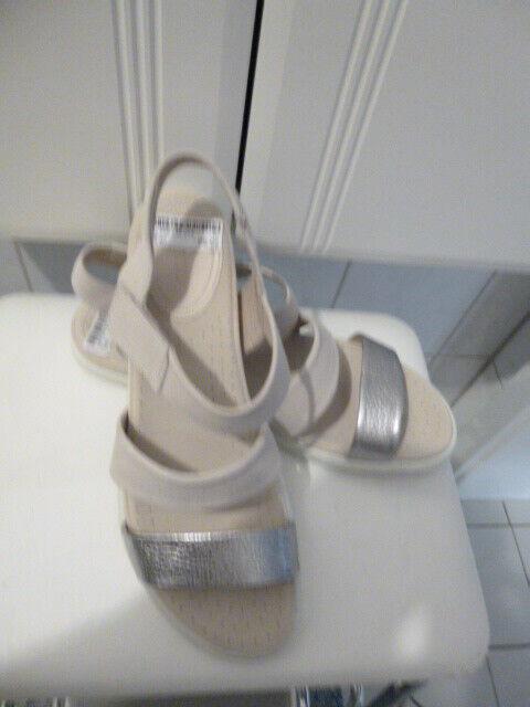 Neu ECCO FLASH Komfort-Sandalen creme + Silber Gr. 40