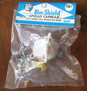 Vintage Blue Shield Apollo Capsule Lander w/ Astronaut Figures MIP Space Playset