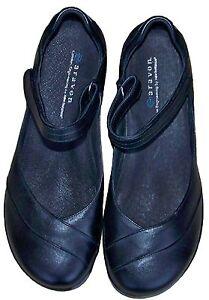 Image is loading Aravon-New-Balance-Women-s-Mary-Jane-Shoe-