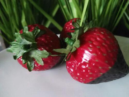 3 x große Deko Erdbeeren Früchte Attrappen Dekoration Kunstobst Schokofrüchte