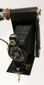 Appareil-photo-a-soufflet-Kodak-trepied-Hawk-Eye-Modele-B-USA-Annees-1920