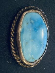 Vintage-Native-American-Old-Pawn-Morenci-Turquoise-Cabochon-set-in-900-Silver
