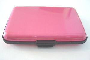 Bright-Metallic-Cerise-Pink-Aluminium-Credit-Business-Card-Holder