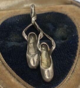 Vintage-Sterling-Silver-Necklace-925-Pendant-Shoes