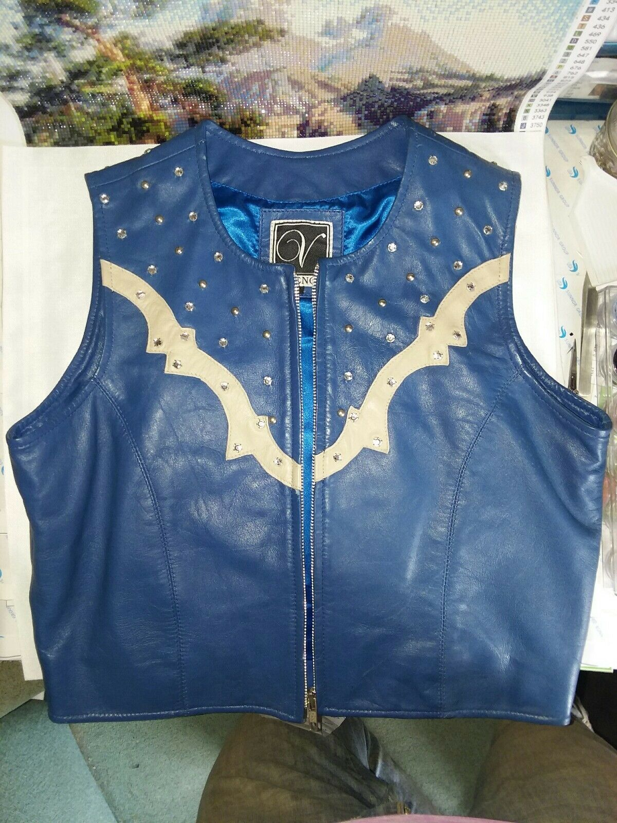 Western Pleasure Rail  Show Vest  medium  free and fast delivery available