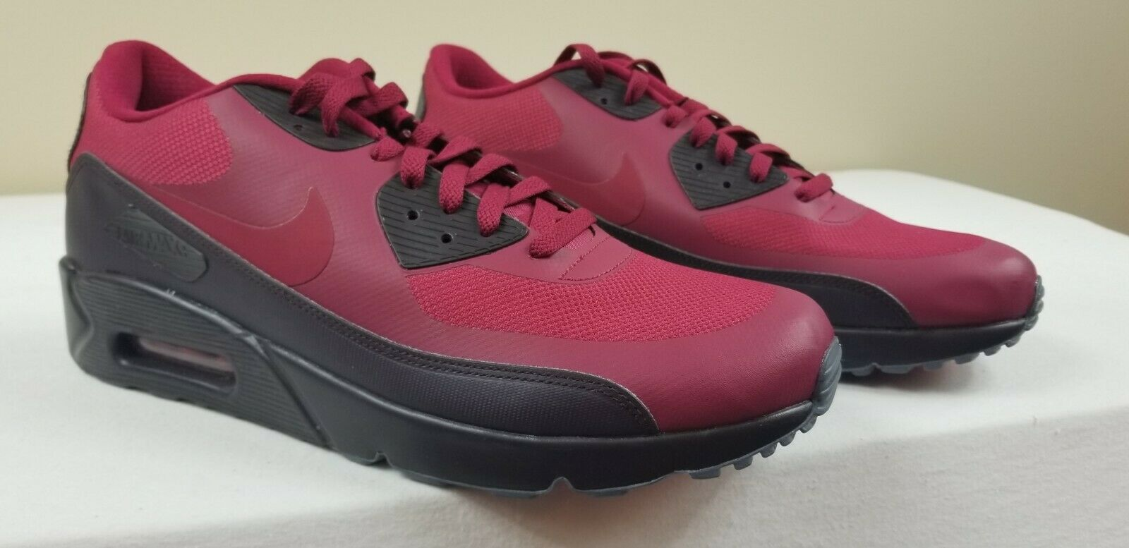 separation shoes f0f10 90af2 NWB Men s Noble Red Red Red Nike Air Max 90 Ultra 2.0 Essential size 11 (