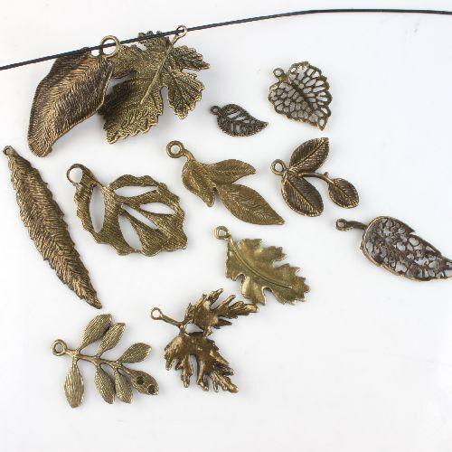 24pcs Wholesale Mixed Tree Leaf Theme Vintage Bronze Tone Alloy Pendants Finding