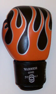 NEW-12-oz-Leather-Boxing-Gloves-Black-amp-Flames-Muay-Thai-Kickboxing-MMA-UFC