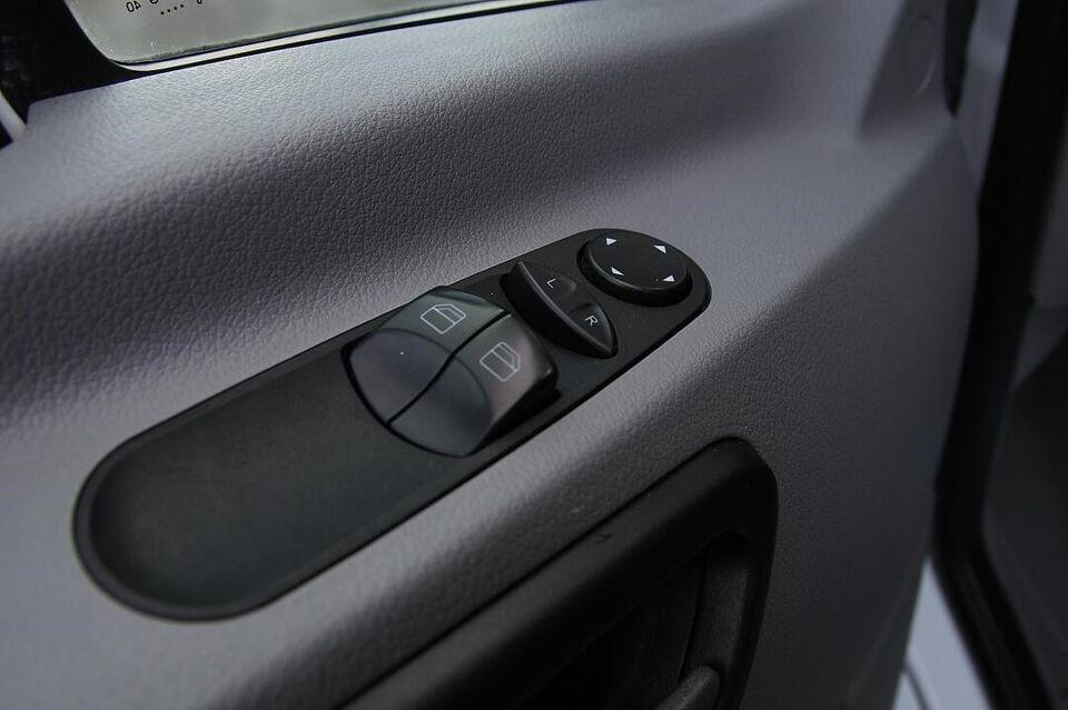 Mercedes Sprinter 316 2,2 CDi R2 Kassevogn aut. Diesel aut.