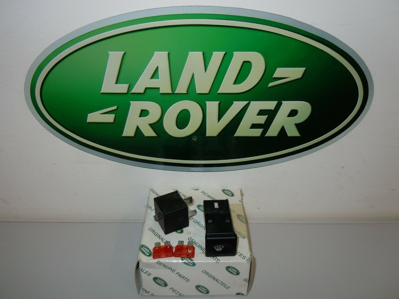 Land Rover Discovery 2 Front Heated Screen Switch Yug102550 Ebay Relay Audi Tt Norton Secured Powered By Verisign