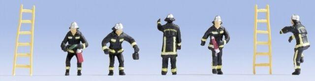 NOC15023 - 5 Pompiers de France avec échelles -  -