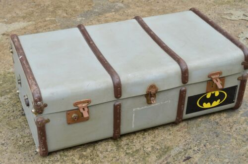 Vintage metal Bound Steamer CASE TRAVELLING STORAGE TRUNK
