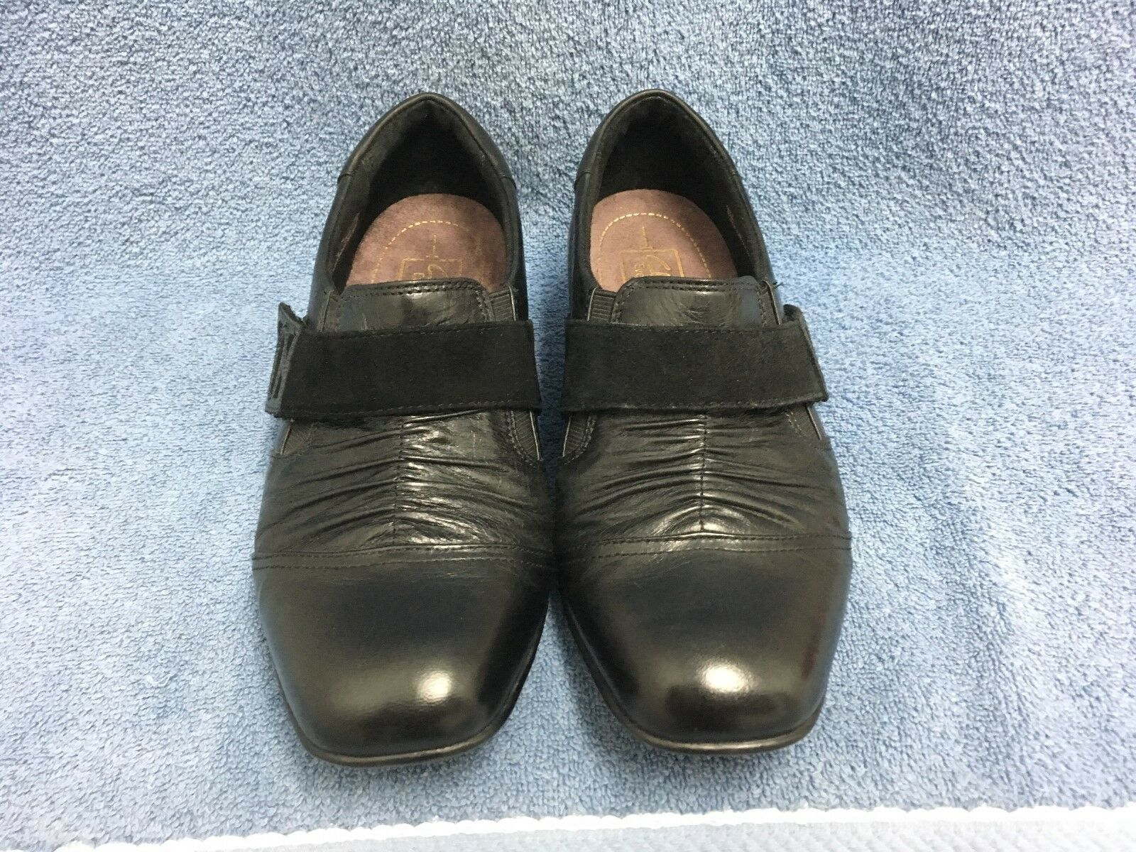 Clarks Everyday 62414 Active Air Black Leather Slip On With V Strap Women's 7W
