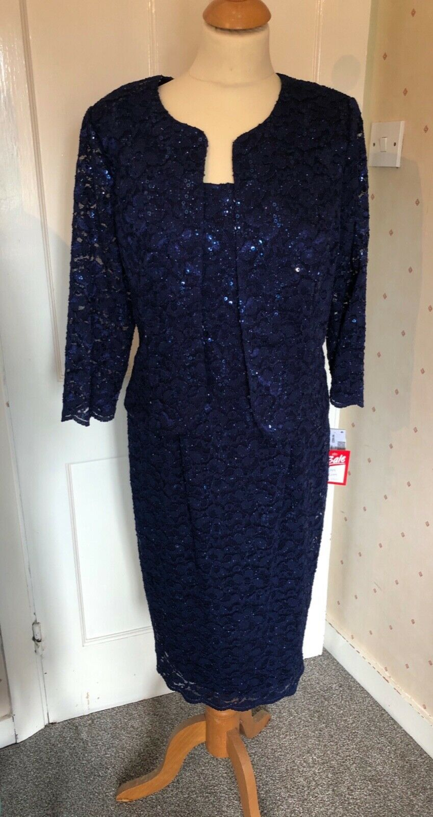Navy sequinned size 14 stretch lace dress and jacket BNWT RRP