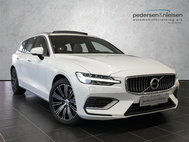 Volvo V60 2,0 T8 390 Inscription aut. AWD Benzin 4x4 4x4…