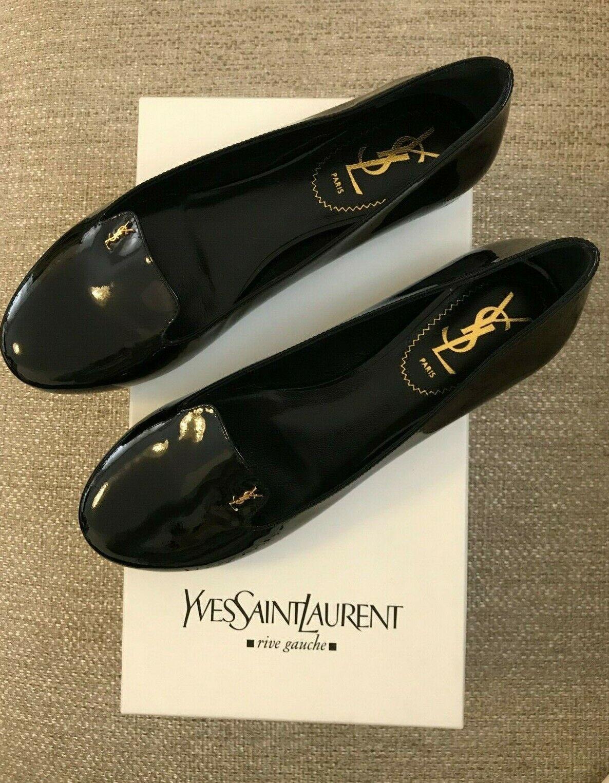 Nuevo y en caja señoras  YSL  Negro con el logotipo de Patente Mocasines De oro En Miniatura-EU 37