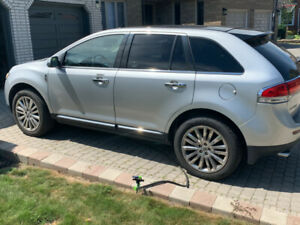2011 Lincoln MKX AWD V6 3.7L- Fully loaded - CERTIFIED