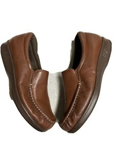 sas womens brown leather slip on casual work shoes size sz