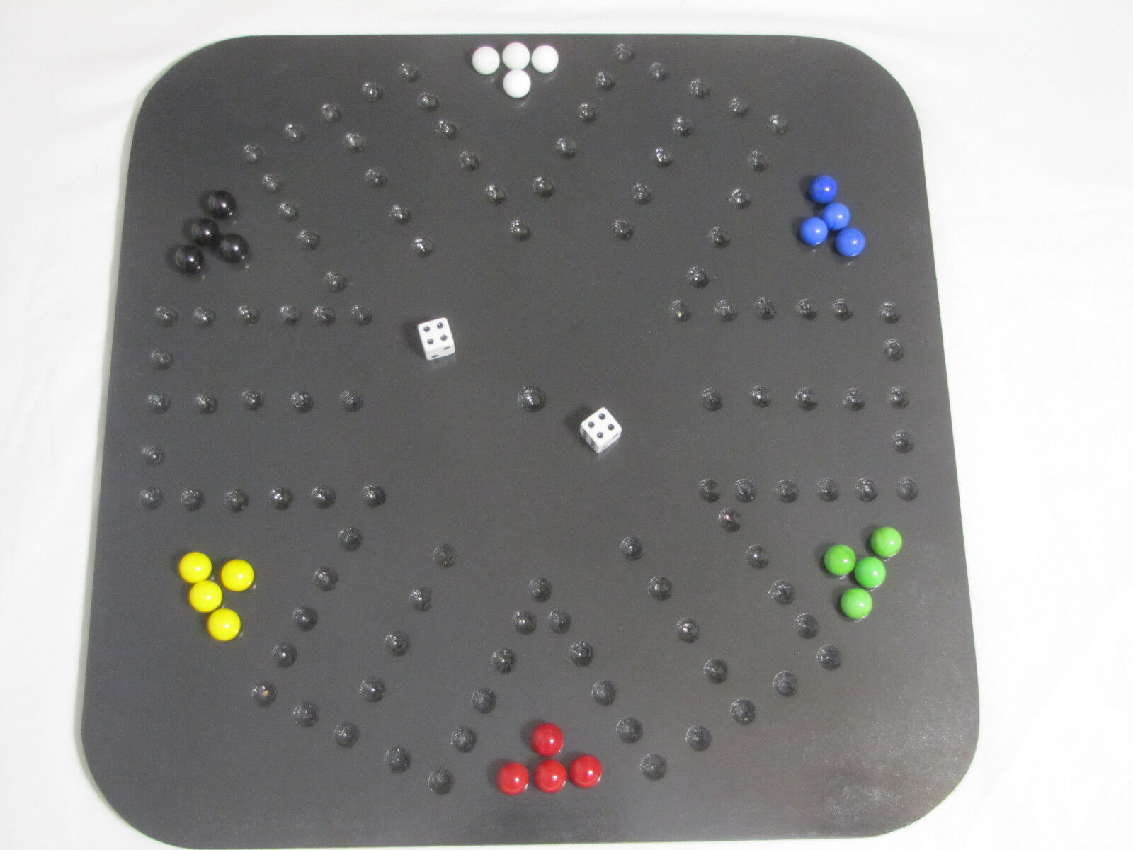 AGGRAVATION GAME / WAHOO – SIX PLAYER SQUARE WOODEN GAME BOARD DARK EBONY