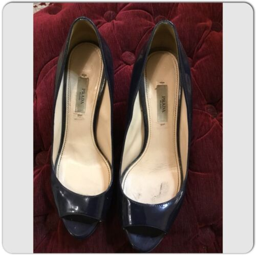 Prada Cammeo Vernice Chic Navy Patent Leather peep
