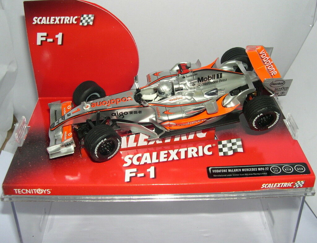 SCALEXTRIC 6257 McLAREN MERCEDES MP4 22 VODAFONE FERNANDO ALONSO MB