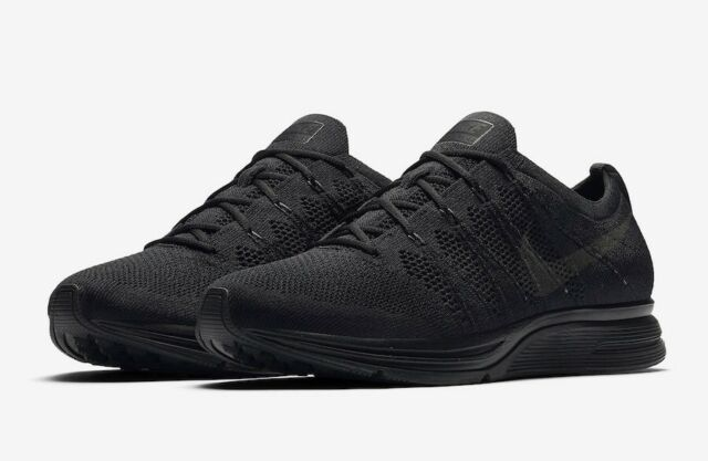 Nike Flyknit Trainer 2018 Mens Size 10.5 Triple Black Anthracite Ah8396 004