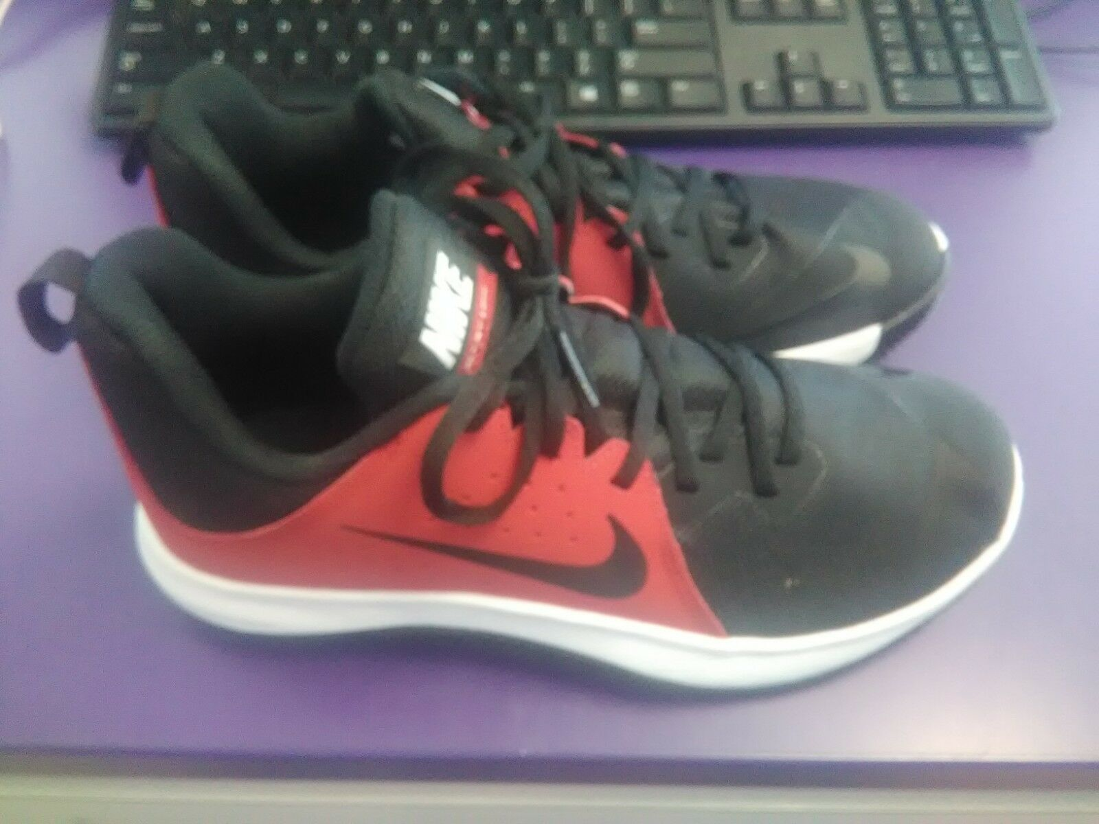 Mens Nike FLY.BY LOW 908973-600 SZ 7