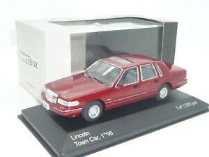 Nuevo-1-43-IXO-WHITEBOX-Lincoln-Town-Car-V8-Mk2-N-Ford-Crown-Victoria-Mercury-Ford