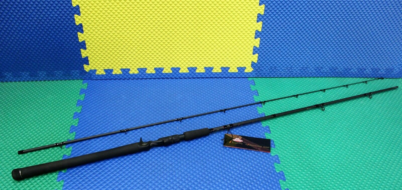 Berkley Lightning Trolling Rod 8' 6  Medium 2-Piece BTLR862M 1429052