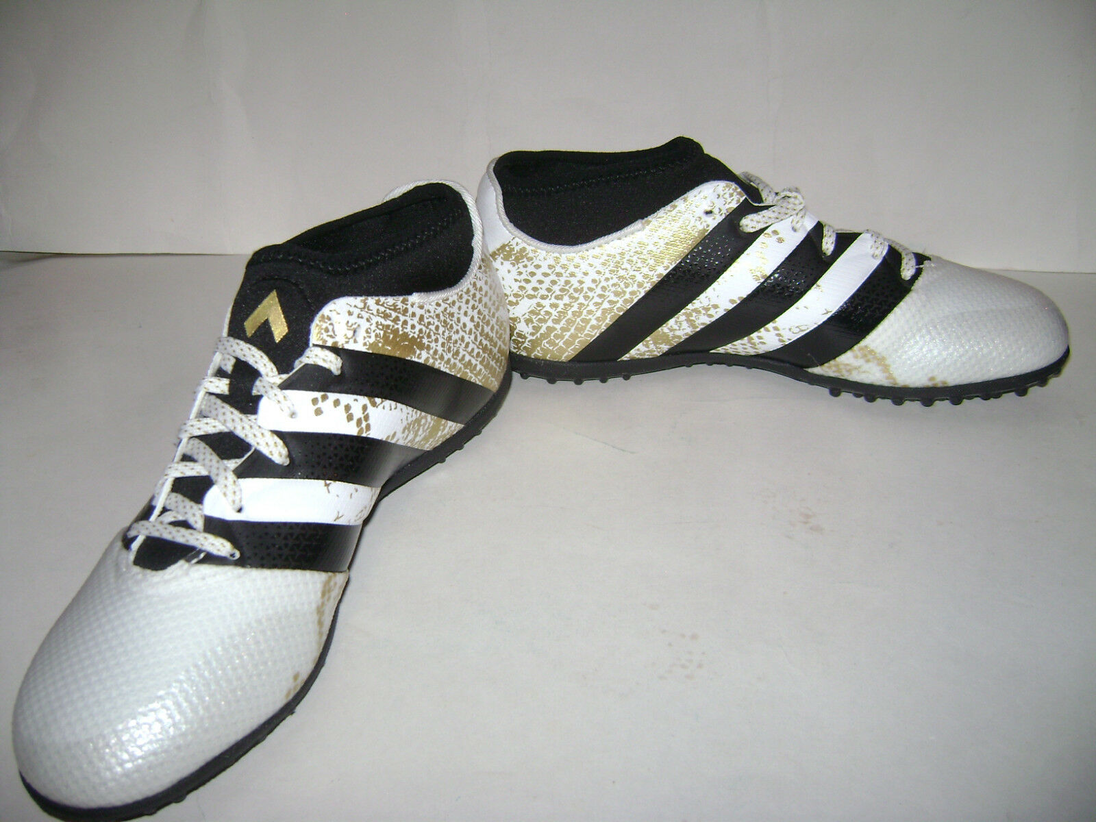 615a19e9287 adidas Ace 16.3 Primemesh Indoor Soccer Shoes Size 11 White Black Gold  Aq3422 for sale online