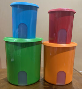 TUPPERWARE ONE TOUCH REMINDER CANISTERS SET OF 4-IN AQUA