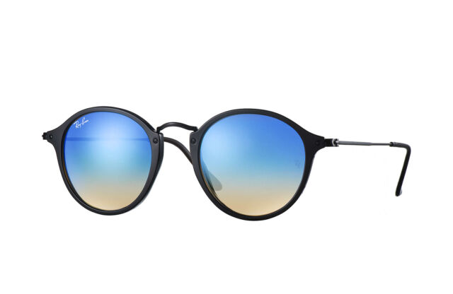 a7874a003 Authentic RAY-BAN 2447F - 901/4O Sunglasses Black /Blue Gradient Flash*