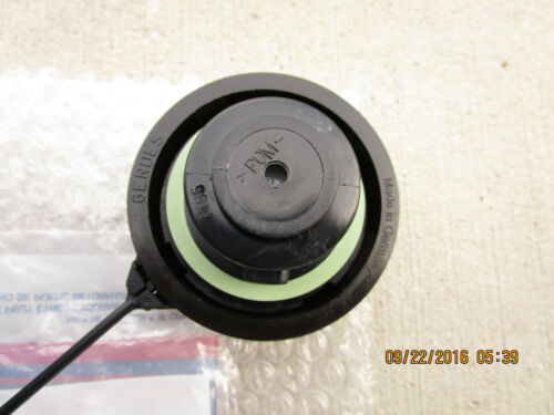 97-05 CHEVY CORVETTE FUEL GAS TANK FILLER CAP WITH TETHER OEM NEW