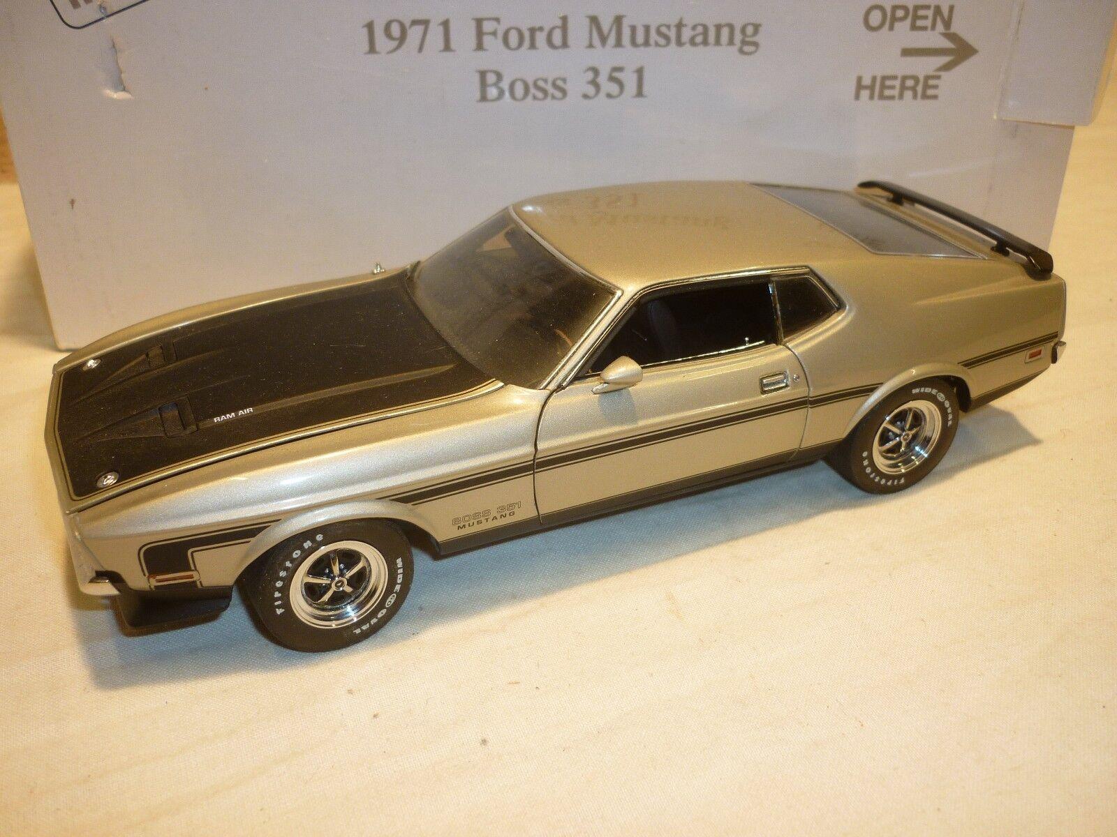 Danbury Nuovo di zecca modello di un 1971 Ford Mustang Mustang Mustang Boss 351, in Scatola,  NMB . de772a