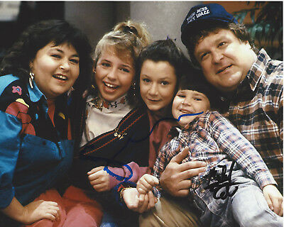 Sara Gilbert & Michael Fishman Signed Roseanne 8x10 Photo W/coa The Conners Utmost In Convenience Autographs-original