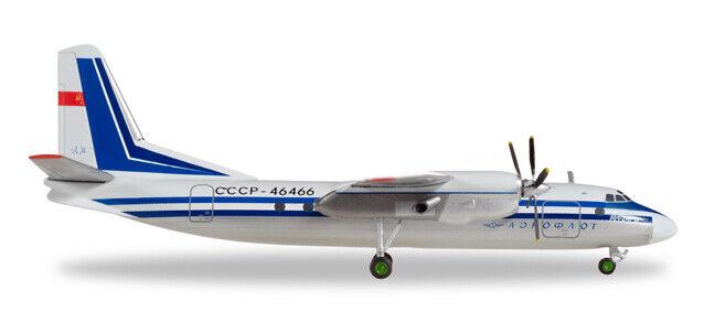 Herpa Wings Aeroflot Antonov an-24rv - CCCP - 46466 558914 Aviation Models