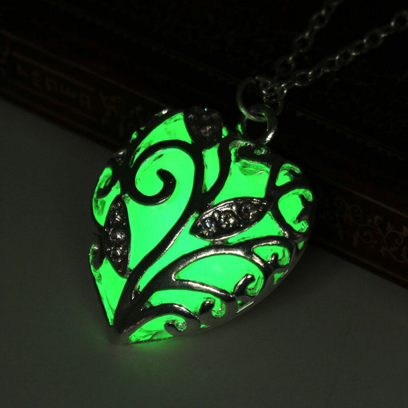 Glow In The Dark Amazing Green Night Heart Necklace And Pendant